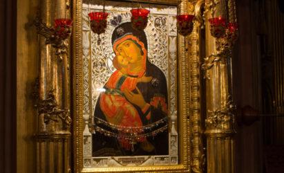 4 января по окончании Божественной литургии собор будет закрыт на уборку